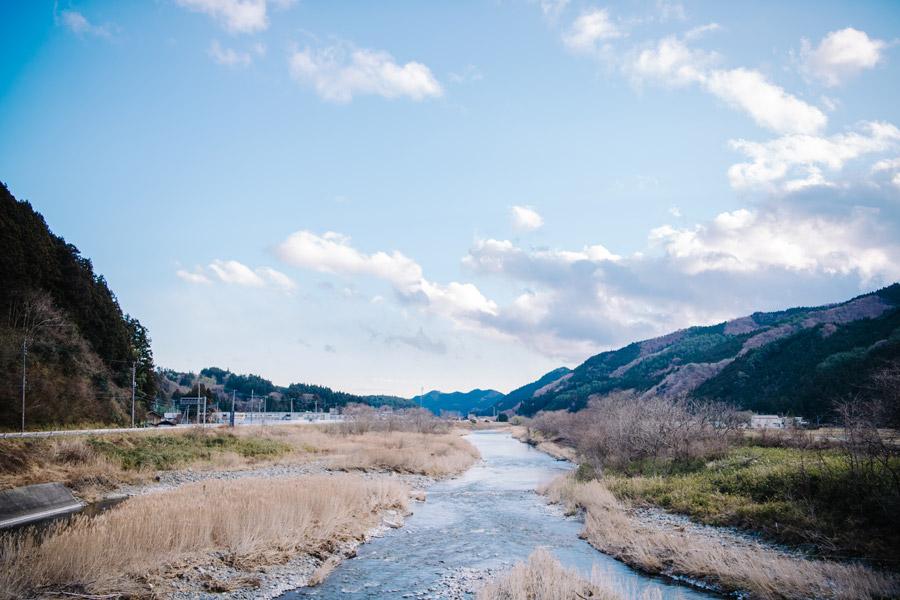 清流「気仙川」の風景